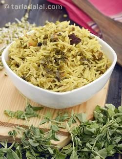 The magic of sprouts unfurls in yet another form in this recipe. Rice and moong sprouts are cooked together with flavourful fenugreek leaves, whole spices, pastes and powders, to get a fantabulous pulao that is both tasty and satiating.