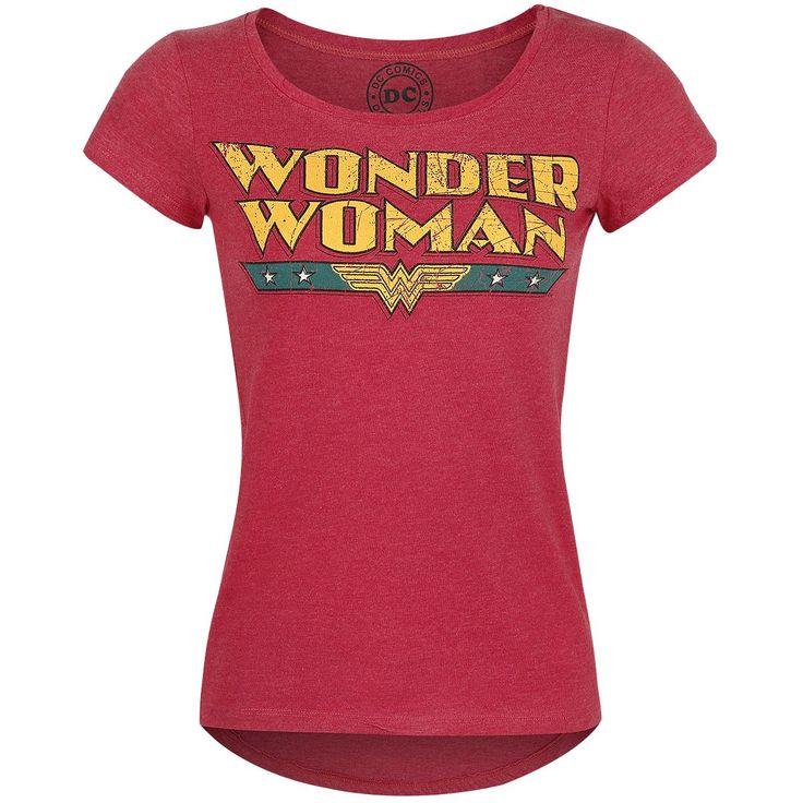 - Tryck fram - Båthals  Wonder Woman är en av de mest kända kvinnliga superhjältar. Hon har en perfekt blandning av skönhet, intelligens och muskler. På denna röda tröja för damer är den klassiska Wonder Woman-logotypen avbildad.