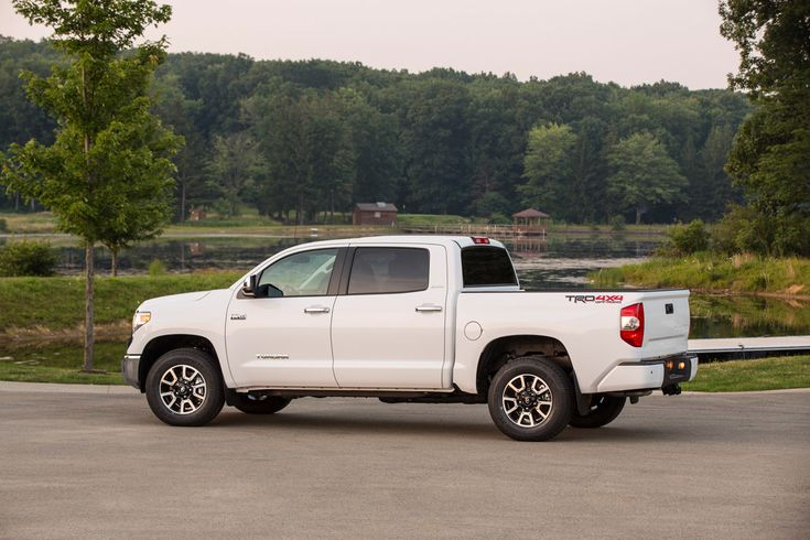 2015 Toyota Tundra Diesel 4x4 Pickup Photos