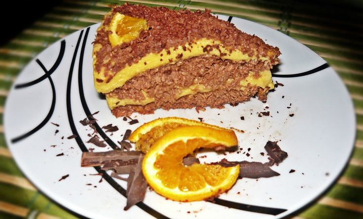 Nyers vegán narancskrémes csokitorta