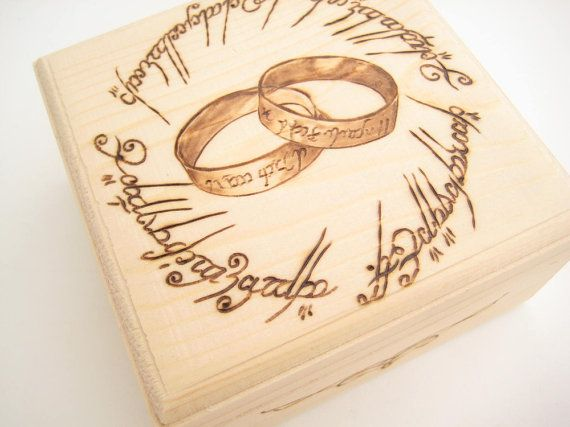 Wedding Ring Box Lord of the Rings, Ring Bearer Box, Wooden ring box, Gift for couple, PYROGRAPHY, Anniversary, Unique Wedding Gift - LOTR