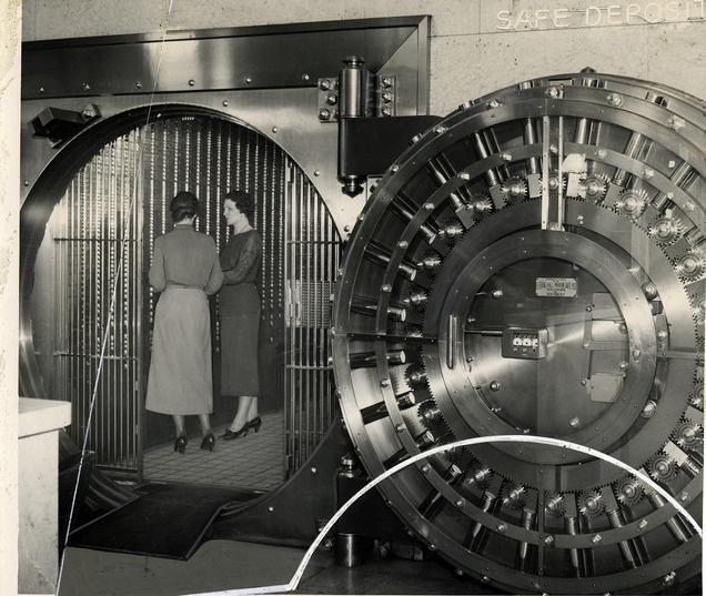 Look Back: Photos of Utah's Walker Bank building (inside & out). Click ...