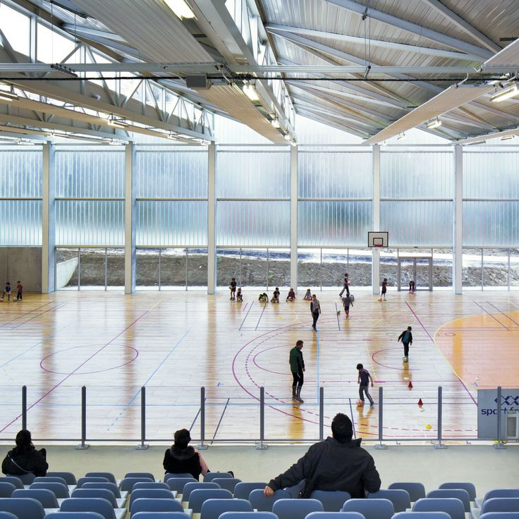 deAlzua+, Sergio Grazia · Multi-purpose sports hall · Divisare