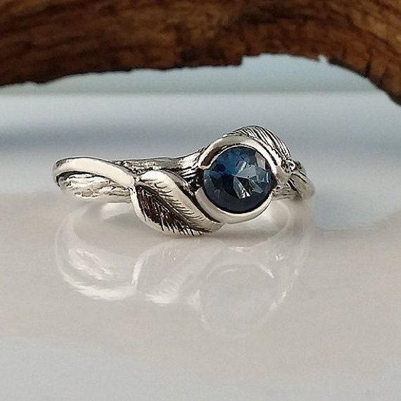Foglia e ramoscello Birthstone o anello di di DawnVertreesJewelry