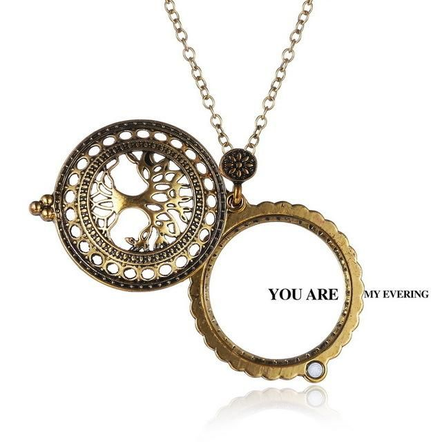 Magnificent Magnifying glass pendant - FREE SHIPPING!!!