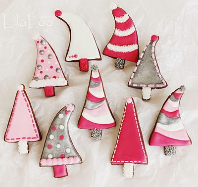 LilaLoa: Pink Christmas TreesPink Christmas, Christmas Cookies, Cookies Decor, Whimsical Christmas, Christmas Ideas Crafts Decor, Christmas Sugar Cookies, Trees Cookies, Christmas Treats, Christmas Trees