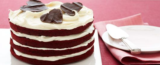 Red Velvet Dream Torte. Add chocolate hearts for a loving touch #DuncanHines #ValentinesDay