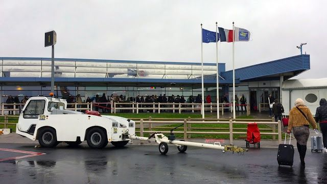 So, you are looking for cheap flights to Paris! Just forget Paris CDG! Look for Paris Beauvais airport! Follow our BVA airport guide with photos and video for more! #Beauvais #ryanair #paris #париж #pari #parisairport #flightstoparis #ryanairfligts #parisBeauvais