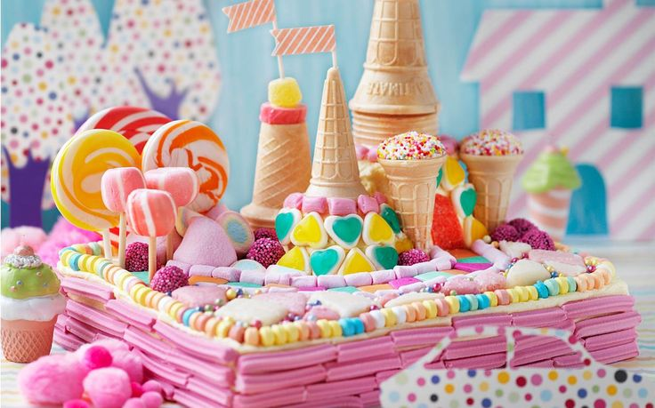 Welcome to Candy Land. A little candy princess must have her very own Candy Land to live. And this cake certainly fits the bill.