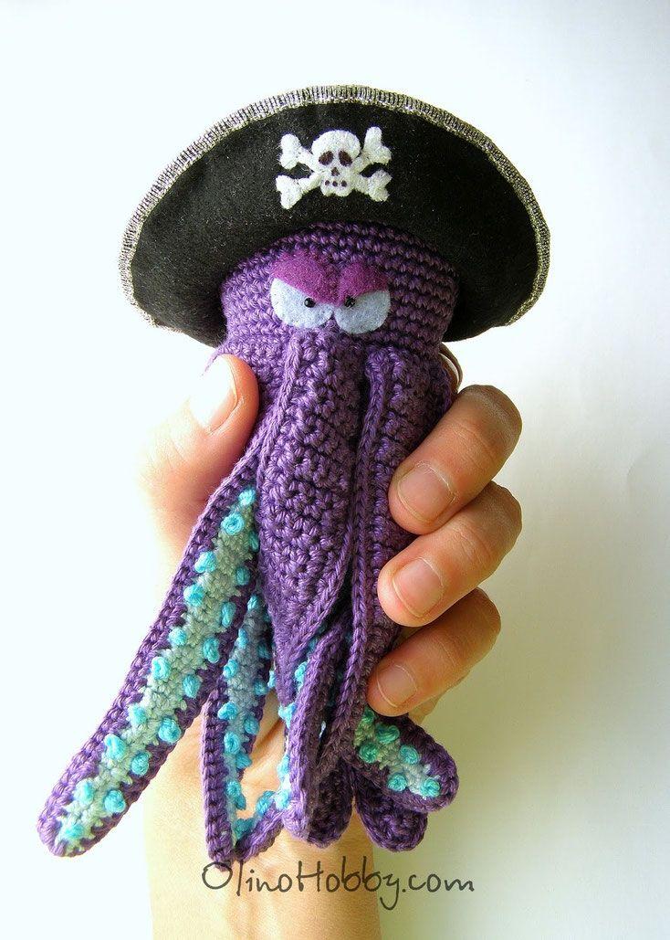 вязаный осьминог, авторская вязаная игрушка, вязаный пират, игрушки olinohobby