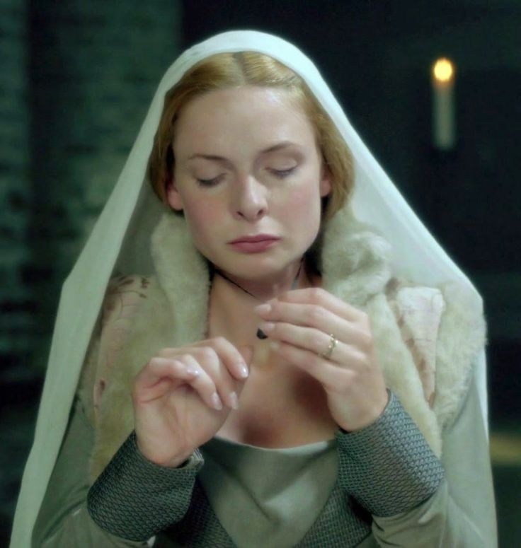 elizabeth woodville essay The white colored queen, philippa gregory - queen elizabeth woodville | 1011786.