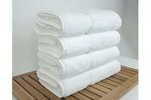 Best hotel collection bath towels are made of 100% cotton to give you the best desired outcomes. Purchase one today and never hunt for towels any more.