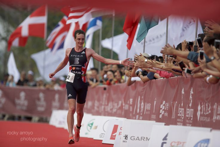 Great Britain's Alistair Brownlee and Holly Lawrence continued their spectacular…