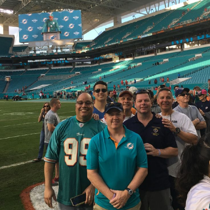 Today's Miami Dolphins game! - Thanks to all the Knights from all parts of Florida and their families who went to the San Francisco 49ers vs Miami Dolphins game in Miami Gardens, Florida. A $10 proceed went to help Special Olympics. Great cause, great game! Check out our Facebook link for more pics! Dolphins win 31-24!