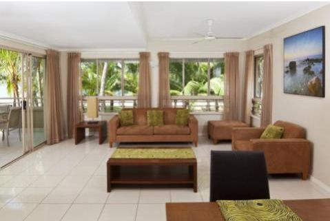 #Amphora #Resort Palm Cove offers luxurious beachfront property, huge lagoon-style swimming pool with all day sun, superbly finished and incredibly spacious #apartments and a licensed restaurant onsite. Beautifully located #Palm #Cove #accommodation.