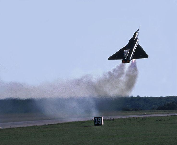 Le jour où un Mirage IV décolla avec une vraie bombe nucléaire... (Actualisé-3) | Secret Défense | L'Opinion
