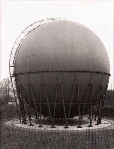 Gasbehälter, 1959, Wuppertal (Gas Holder, 1959, Wuppertal), from the portfolio Industriebauten (Industrial Buildings)