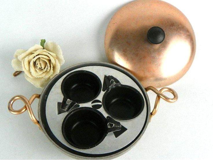 Vintage 3 Egg Poacher Pan with Lid Wear-Ever Aluminum