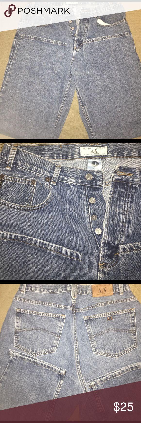 Armani Exchange Button Fly Jeans 34x30 Men's Button fly, 5 pocket jeans, cool copper emblem on back right pocket. 100% cotton 34x30 Armani Exchange Jeans Relaxed