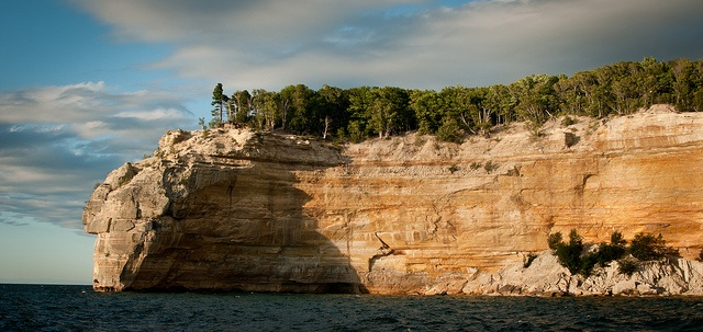 road trip in the UP of Michigan | Pictured Rocks National Lakeshore