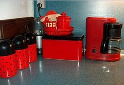 red kitchen accessories 1
