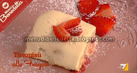 Tiramisù Leggero alle Fragole e Yogurt di Benedetta Parodi