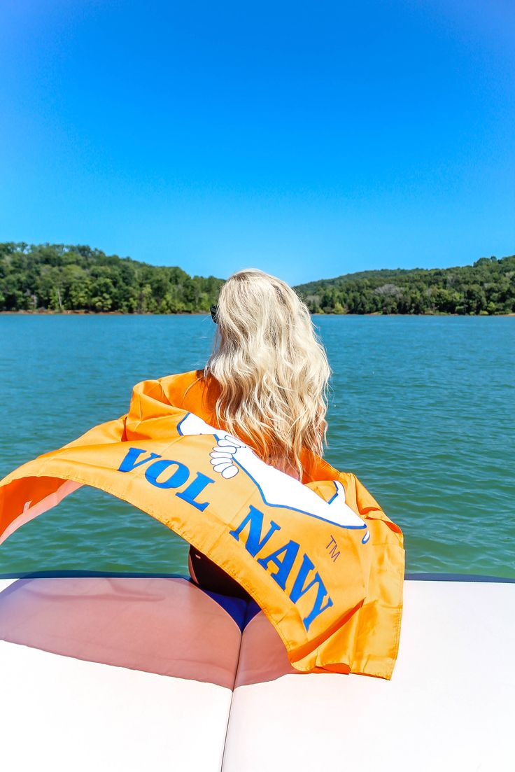 Hanging Onto Summer | love 'n' labels www.lovenlabels.com  UT Vols, game day, Vol for life, Tennessee gear, Vol gear, orange attire, Vols attire, UTK, Tennessee Vols, Vol Navy, Tradition