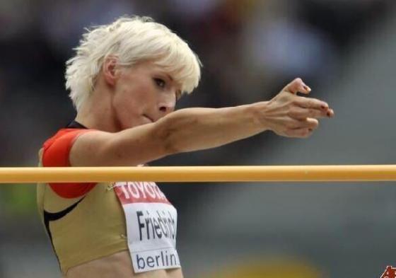 セーラームーン好きのドイツ人高飛び選手、職業はポリスウーマン