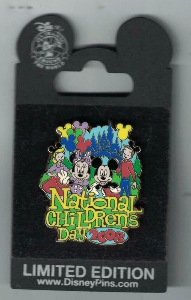 2008 Disney Mickey Through The Years Collection Mickey /& Minnie Today Pin