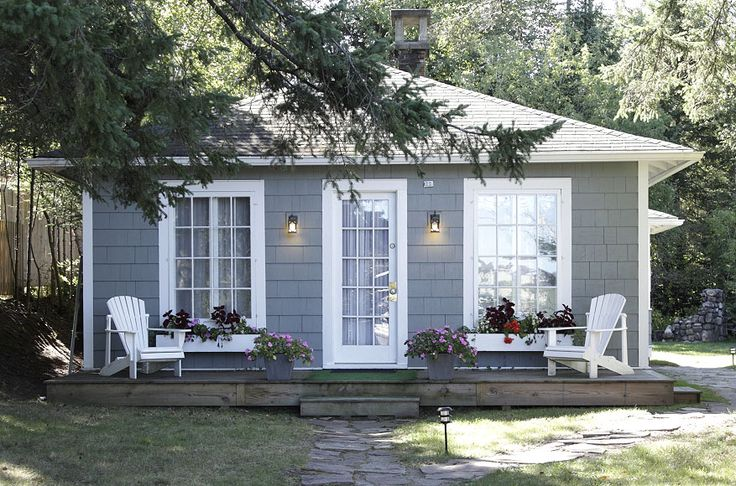 nice grey and white cottage simple n sweet