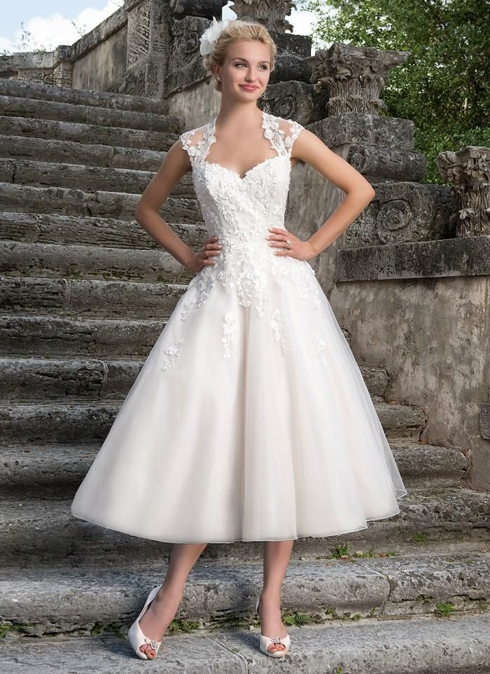 queen wedding dresses 17 best ideas about neckline on 6933