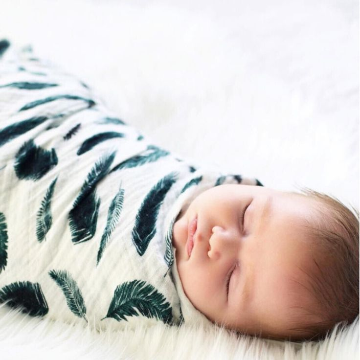 Nothing is sweeter than a sleeping babe Photo cred: @hunterandsky . . . . #newborn #baby #boy #precious #hunter #cherub #snuggle #precious #letthembelitte #organic #muslin #swaddle #blanket #greenfeather #margauxandmay