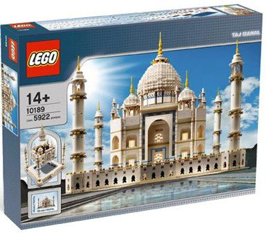 Lego Taj Mahal Set 10189 - the biggest Lego set has 5,922 pieces. There is no better Lego gift idea than this set, LOL!  You'd have to be a true Lego fanatic to undertake this set. Kind of like working on the world's largest puzzle! Recommended for ages 14 and up.