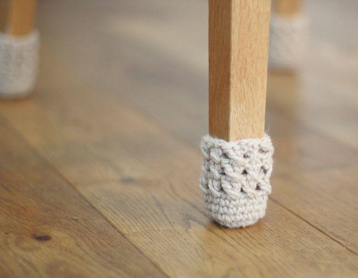 8 stoel sokken.  Niet meer zorgen hoeft te maken over meubels voeten gekrast de vloer van uw huis hoeft niet langer te Trek voorzichtig de stoel, niet alleen de mooie bereiken, kan ook de bescherming van de vloer niet gedragen worden. Stoel sokken is niet alleen verstandig, maar geabstraheerde detail van ons huis. Deze stoel sokken kunnen voor ontlasting benen, tafelpoten en anderen meubels met benen. Het geschikt voor ronde en vierkante stoelpoten.  Het is kleurrijk sympathiek, detail of…