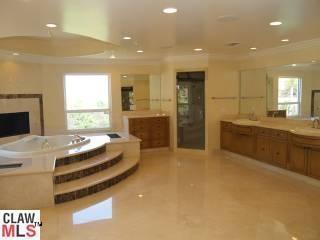 Bathroom In The Jenni Rivera Home