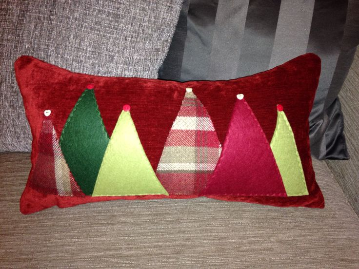 Christmas tree cushion.