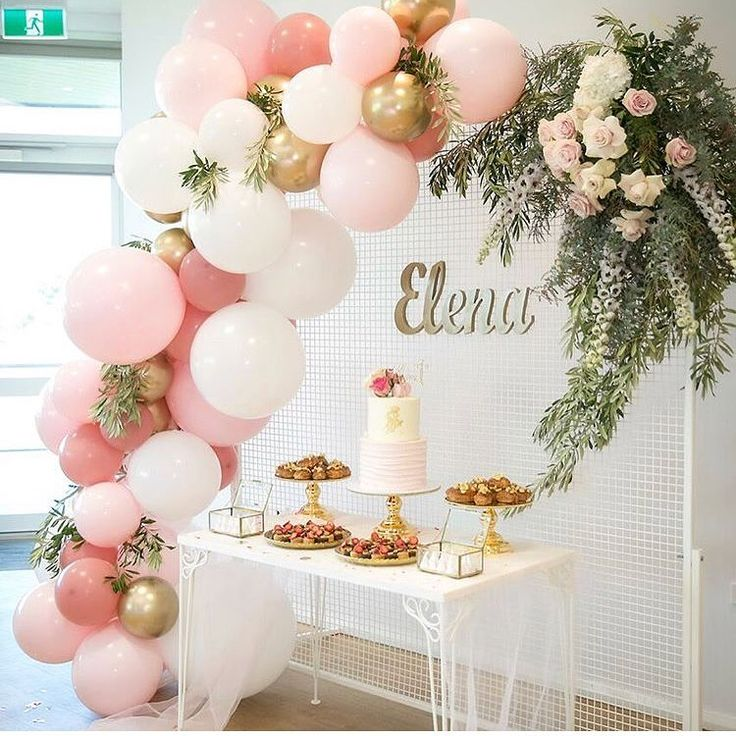 Loving pretty setups like this for a first day and baptism by @wecreate_perth! Can not go wrong with flowers, balloons and a net ...