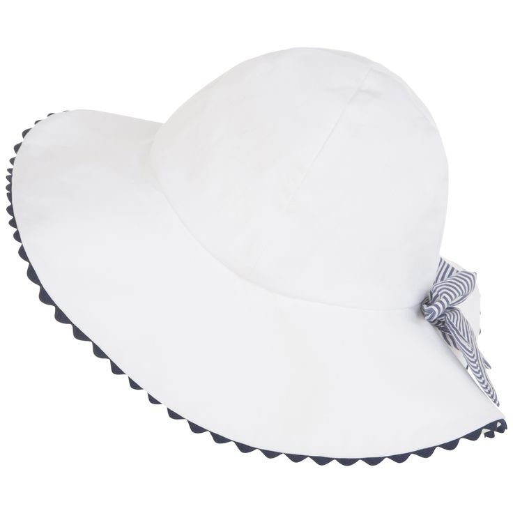 FW15 Cruise Collection - white wide brimmed hat