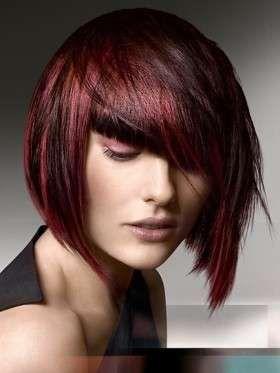 Rosso ciliegia - Davvero di moda è il rosso ciliegia, un tono cupo ma davvero chic.