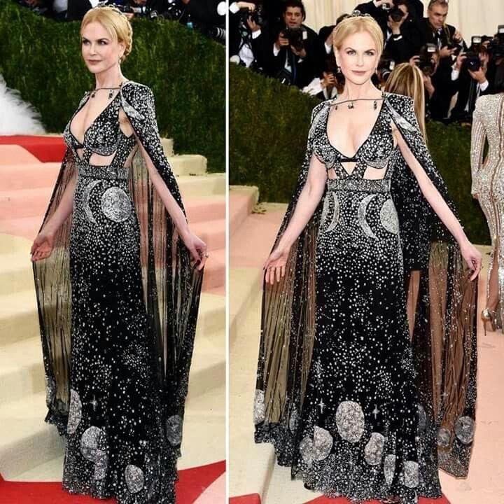 Nicole Kidman wearing a gorgeous dress by Alexander McQueen.