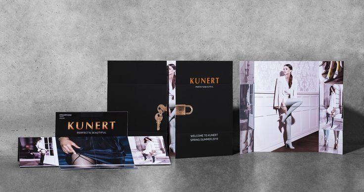 Leuchtende Farbergebnisse sind das Erkennungszeichen der Offsetdrucktechnologie. Das Offsetdruckverfahren eignet sich besonders für den Druck Ihrer individuellen und hochwertigen Geschäftsausstattung. Flyer oder Visitenkarten sowie Aufkleber, exklusive Wandkalender, Verpackungen und unterschiedlichste Werbeartikel für Ihr Unternehmen.