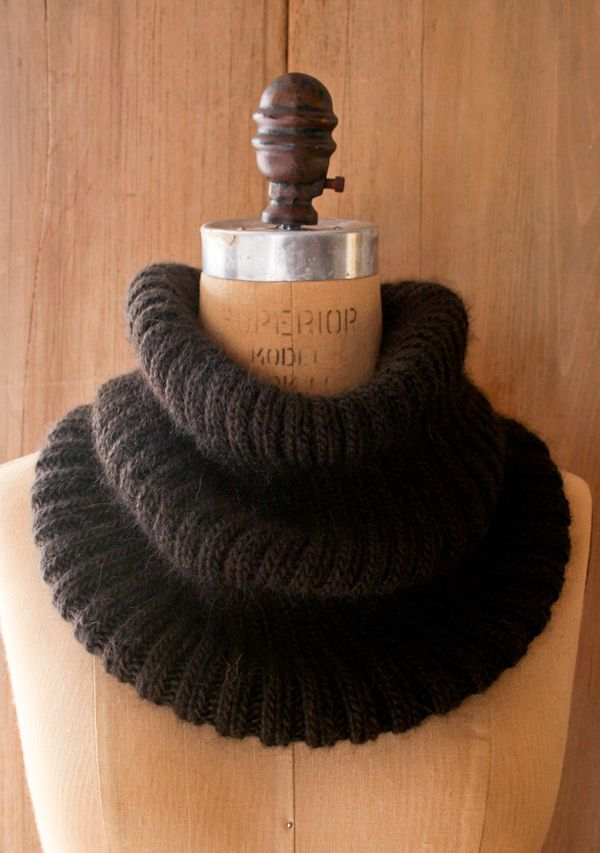 Lovely Ribbed Cowl - The Purl Bee - Knitting Crochet Sewing Embroidery Crafts Patterns and Ideas!