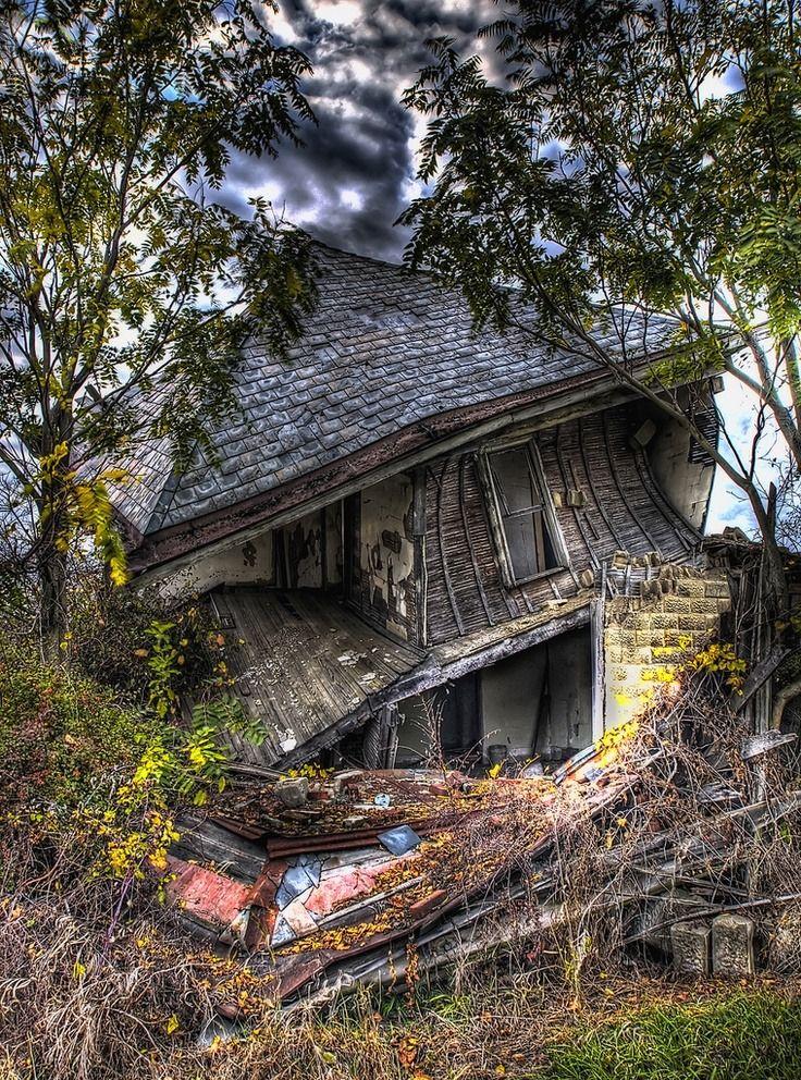 Фото реального самого старого дома самом