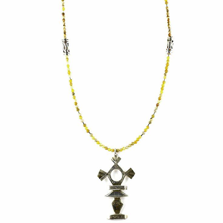 Croix du sud en argent pour homme et femme http://www.laoula-bijoux.com/croix-sud-bijoux-touaregs-en-argent-toulouse.htm