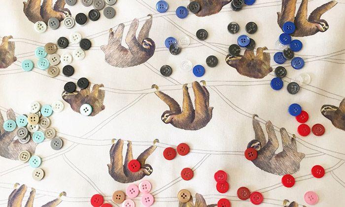 Annanemone tvoří textil s méně oblíbenými motivy