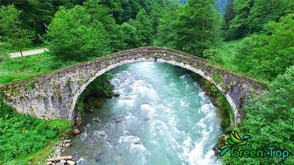 مرشد سياحي في تركيا يتكلم العربي خبير بالأماكن السياحية في المدن التركية وعمل برامج يومية Outdoor Outdoor Decor Hot Tub