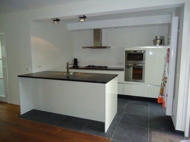 Idee voor keuken indeling woonkeuken pinterest - Tegelwand idee keuken ...