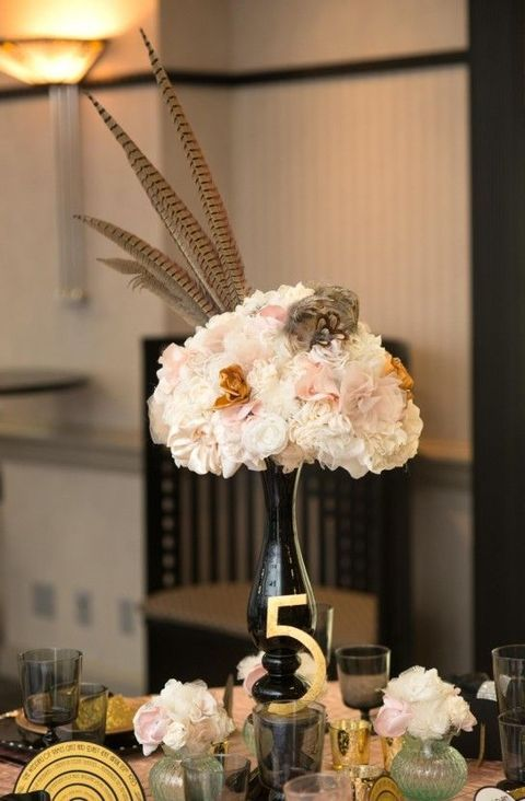 17 best ideas about art deco centerpiece on pinterest for Art deco wedding decoration ideas