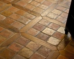 Love this mixed media floor with mediterranean kitchen Antique Reclaimed French Terracotta Oak Floor Inlay!