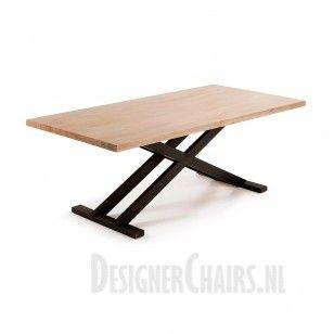 LAFORMA-KAVE VITA Het tafelblad is van acacia hout en heeft een mooie 'gebleekte' gloed, zoals te zien is op de foto. Het metalen onderstel heeft een gebruikte look, waardoor de tafel een extra industriele look krijgt!